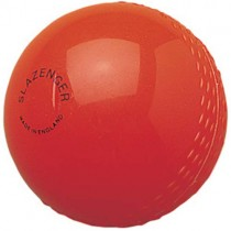 SLAZENGER SENIOR AIR CRICKET BALL